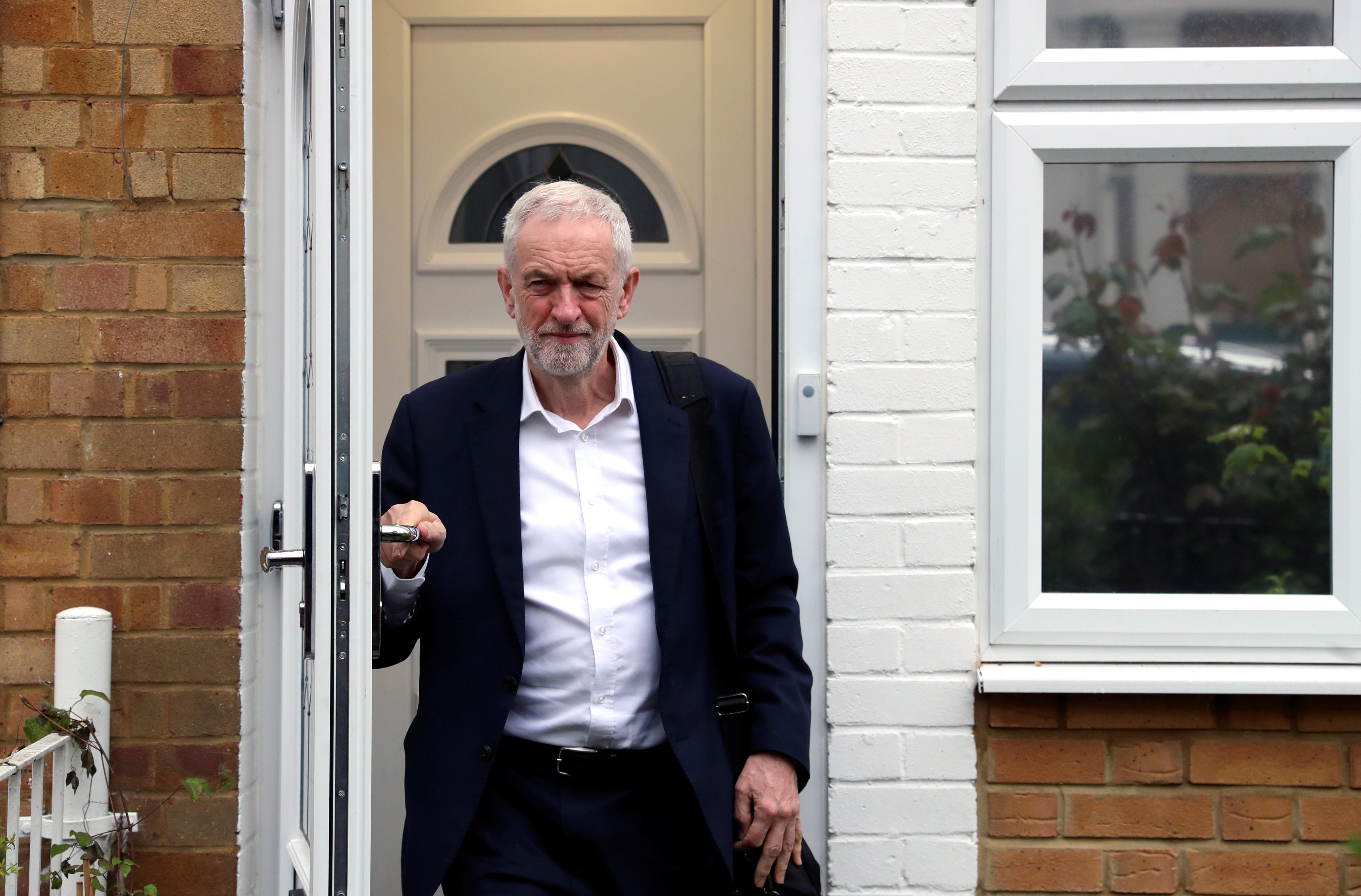 Labour Party to discuss Brexit tactics with rival parties