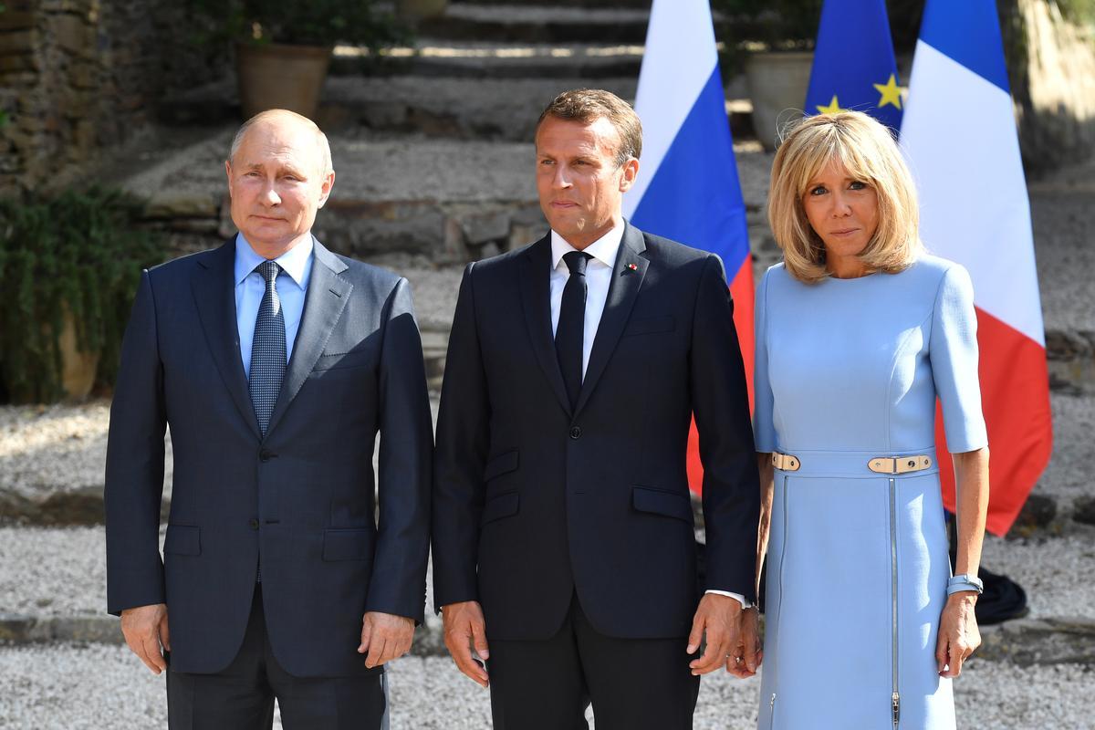 Chiding Macron, Poetin sê 'Ek wil nie geel baadjies in Rusland hê nie'