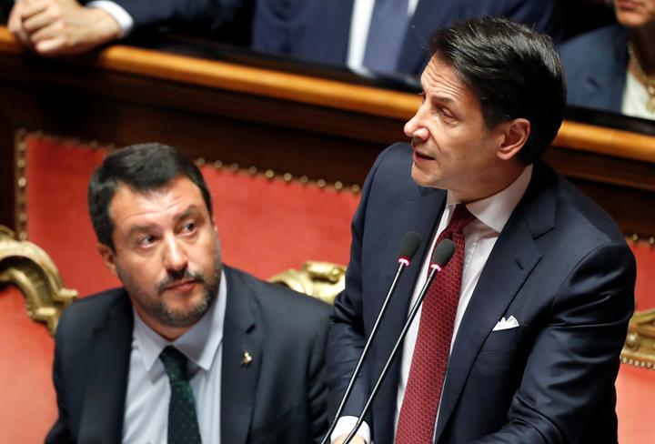 コンテ伊首相が辞意、サルビーニ氏を批判 「国に深刻な脅威」