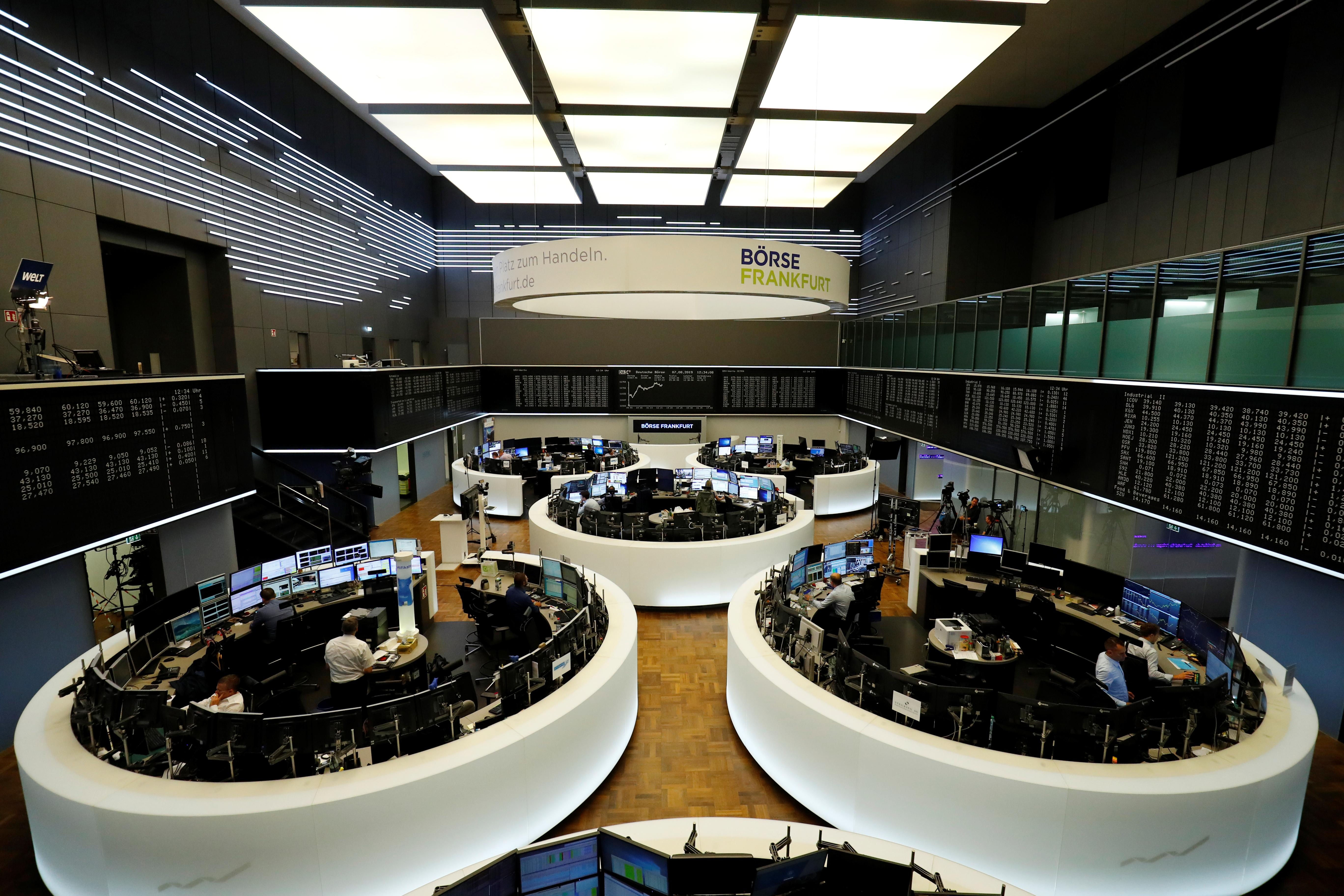 Fiat-Renault deal hopes lift European shares