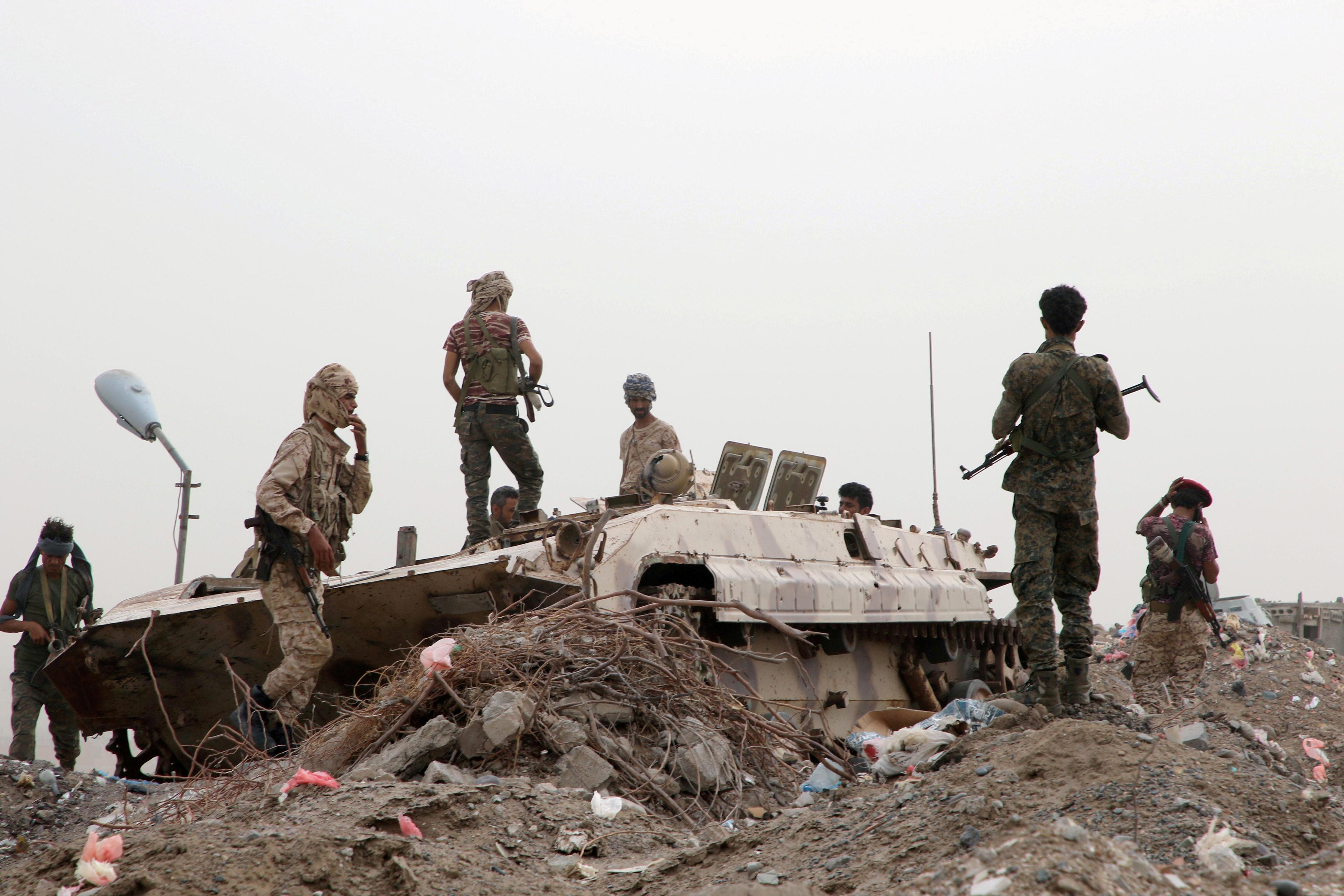 Yemeni government says will not talk to separatists until standoff ends