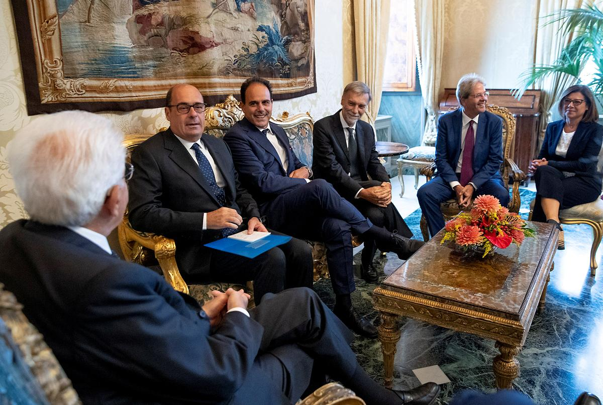 Factbox: hindernisse in die weg van 'n 5-ster / PD-koalisieregering in Italië