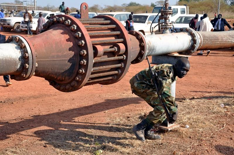 South Sudan makes minor oil discovery, first since independence