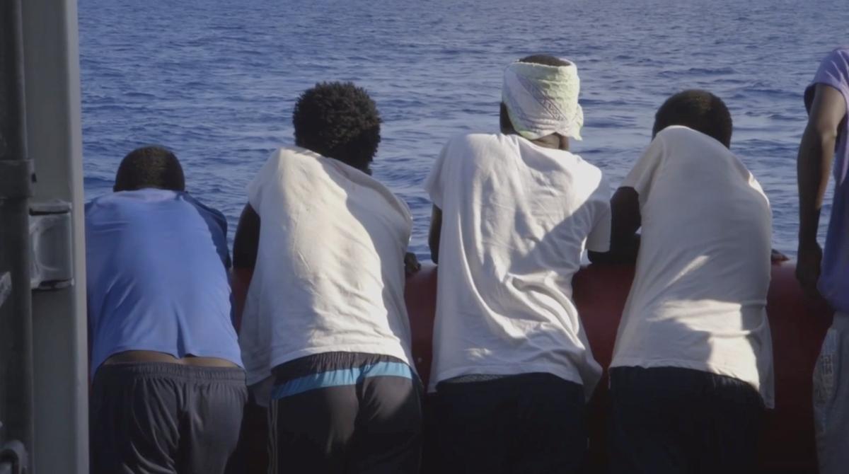 Makelaars in Europa beëindig die migrant van Ocean Viking