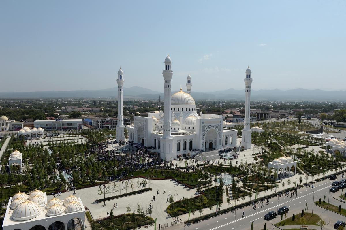 Rusland se Tsjetsjenië vier die Europese moskee wat gesê word
