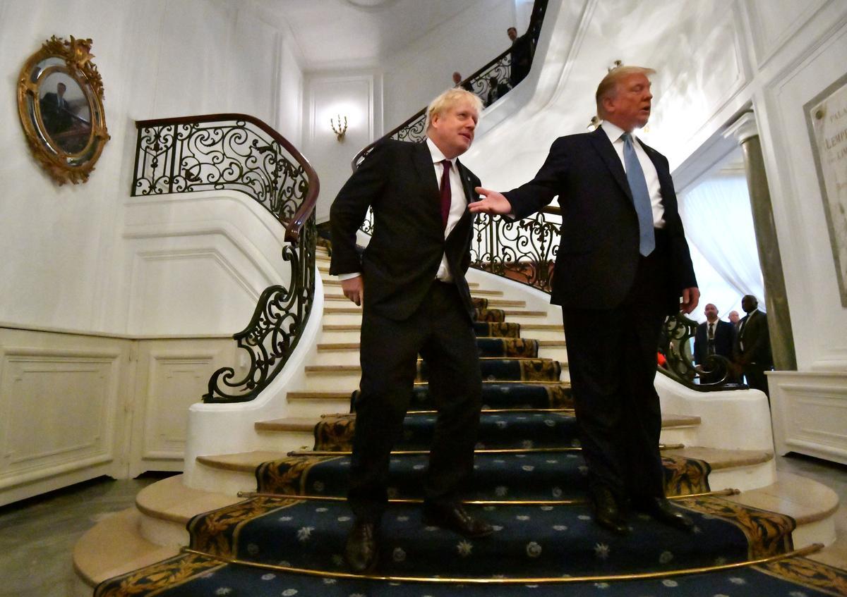 Op die G7-beraad bied Trump Brexit Brittanje 'n 'baie groot' handelstransaksie aan