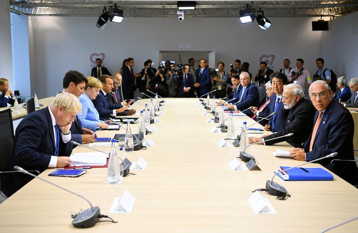 G7 bied noodhulp aan om die bosbrande van Amazon te bestry