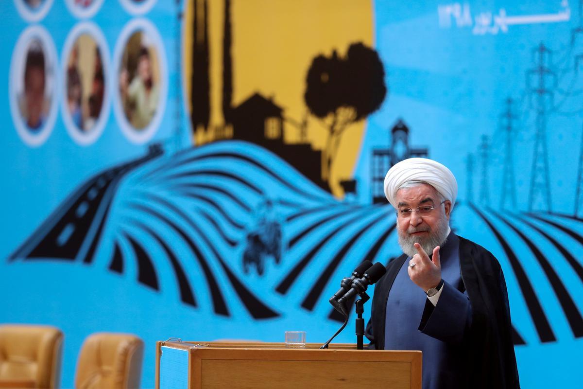 Iran se Rouhani sê geen gesprekke met die VSA totdat die sanksies opgehef is nie