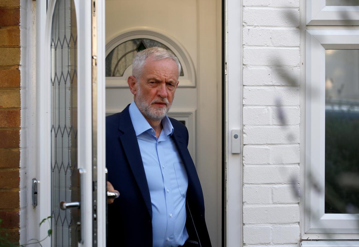 Die Britse Corbyn bied aan om met konserwatiewe wetgewers saam te werk om Brexit sonder enige ooreenkoms te stop