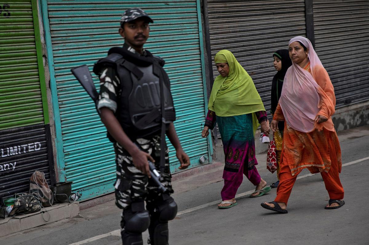 Die hoogste hof in Indië sal in Oktober wettige uitdagings oor Kashmir aanhoor