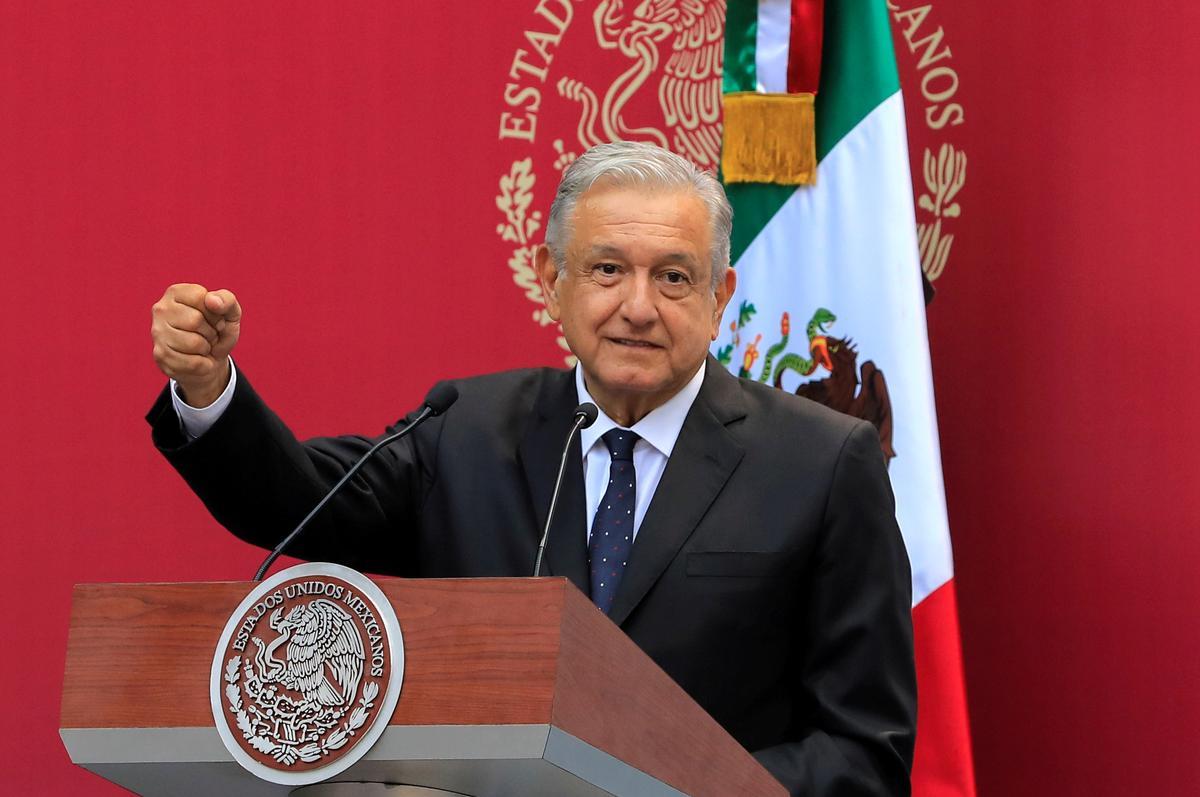 President in Mexiko sê alle ondernemings wat by die gekanselleerde lughawe betrokke is, het dit goed gedoen