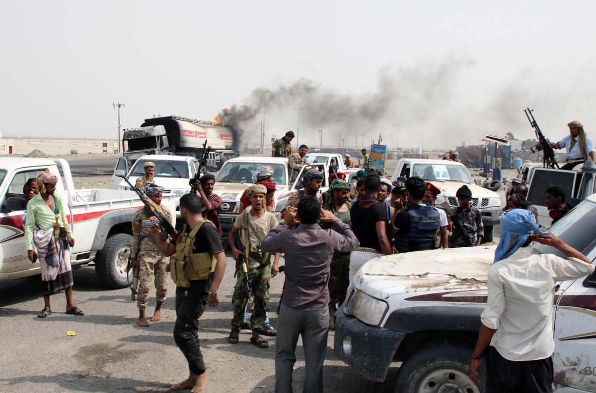 UAE voer lugaanvalle teen die Jemen-regeringsmagte uit om separatiste te ondersteun