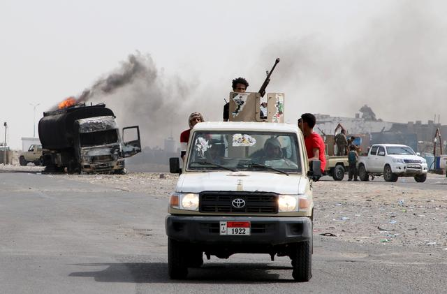 UAE carries out air strikes against Yemen government forces