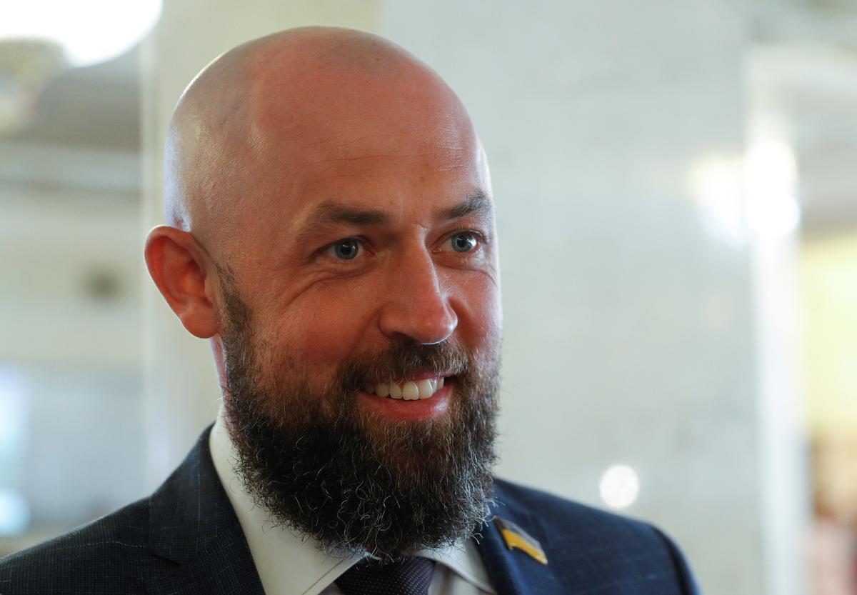 Wakeboarder, stoeier, tandarts: beginners van die nuwe regerende party van die Oekraïne neem die parlement oor