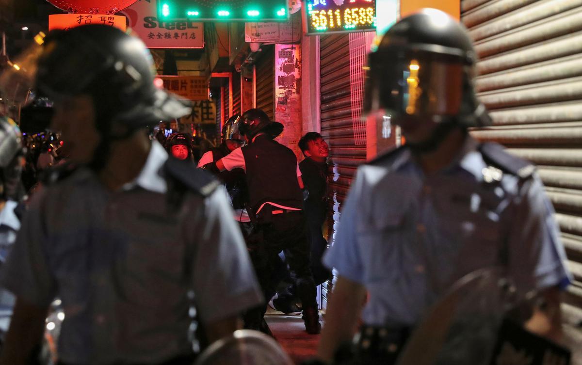 Hong Kong het nog nie noodmagte gebruik nie: senior parlementêre amptenaar