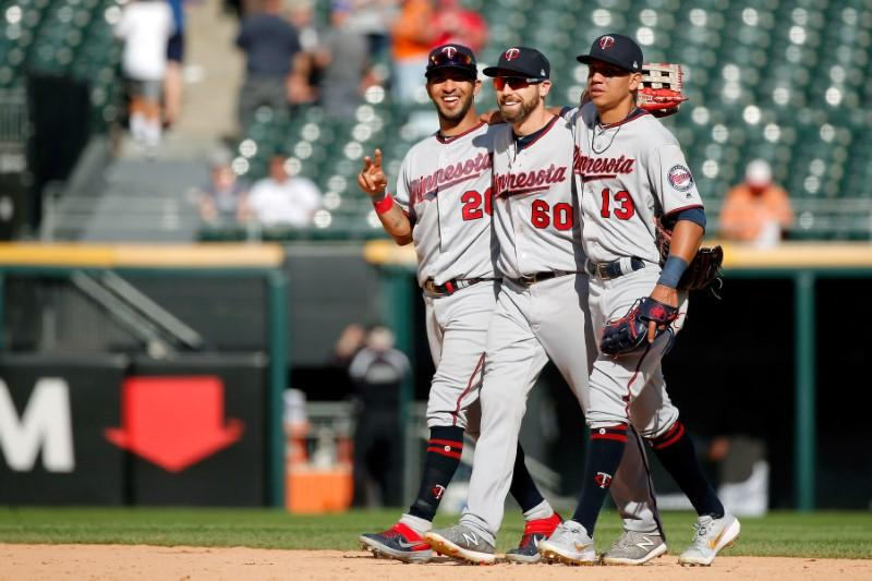 MLB roundup: Twins set road home run record