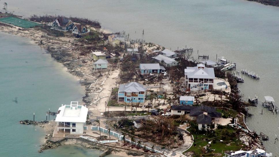 Resultado de imagem para Imagem aérea mostra destruição provocada pelo furacão Dorian nas Bahamas 03/09/2019 Cortesia de Adam Stanton/Guarda Costeira dos EUA/Divulgação via REUTERS