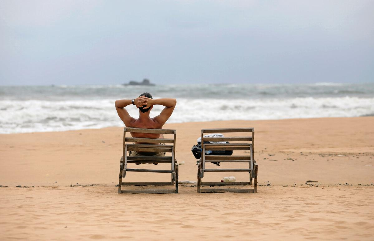 Sri Lanka tourist arrivals fall for fifth month in August after bombings