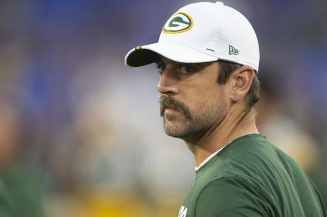 Exclusive Aaron Rodgers Has New Mvp Mahomie In State Farm Ads Reuters