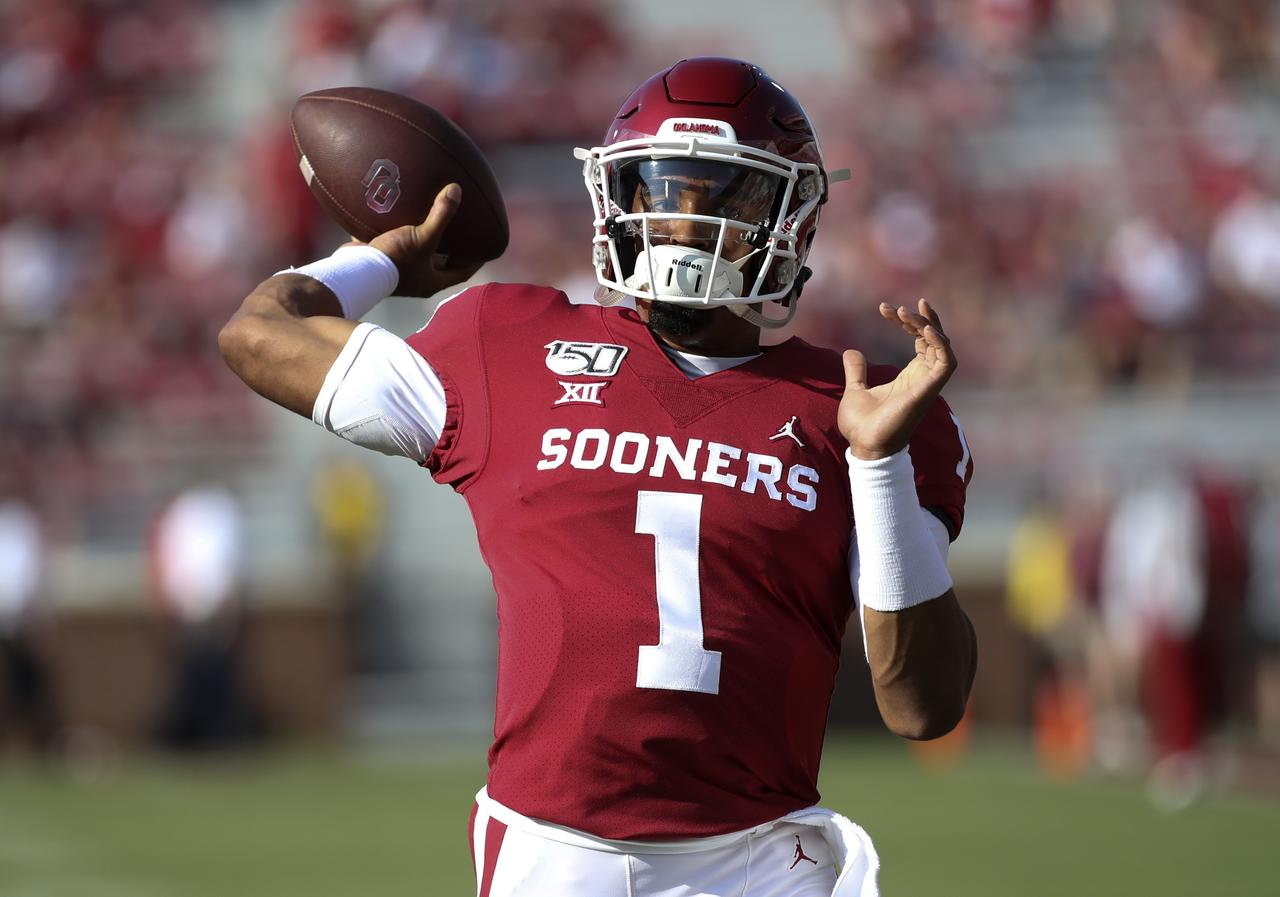outlet store 2d440 07eb8 No. 4 Sooners score 70 in routing South Dakota - Reuters