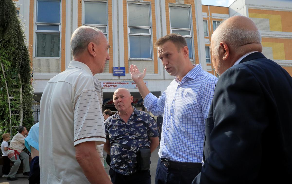 Russe stem in plaaslike en streeksverkiesings na die grootste betogings in jare