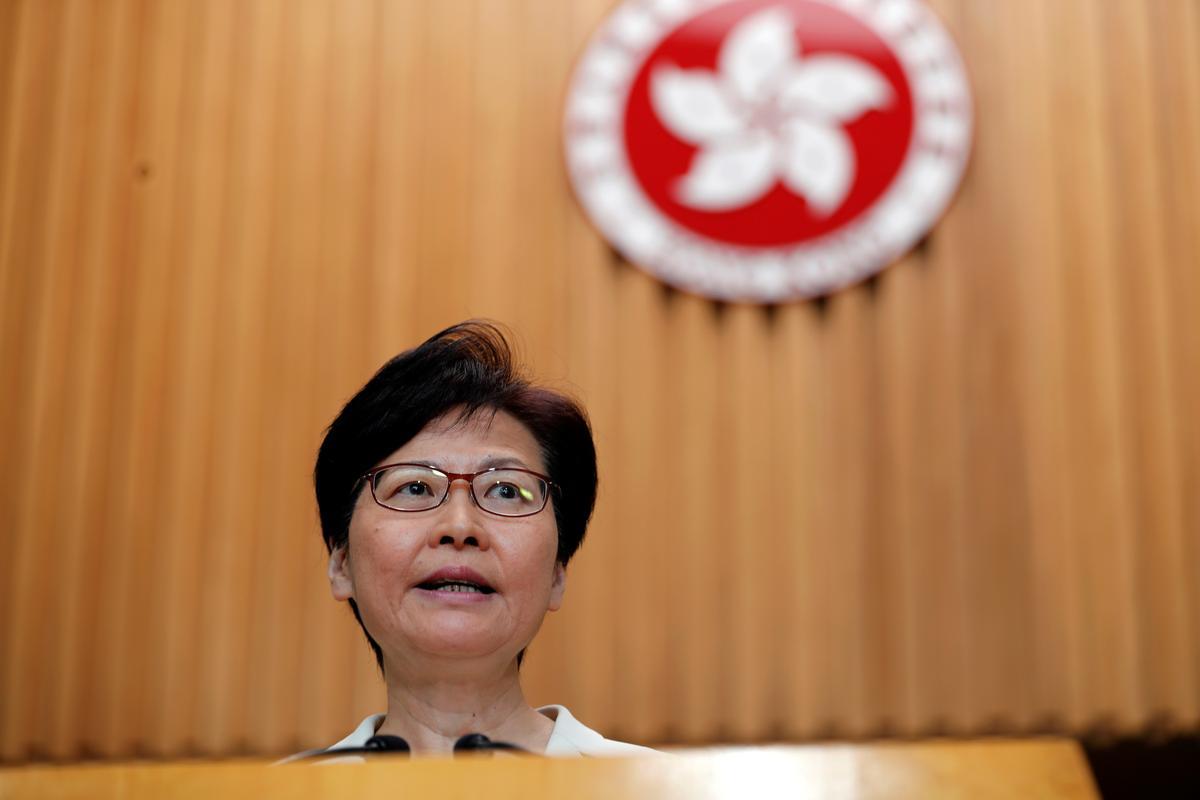 Hongkong-leier sê die eskalasie van geweld sal nie sosiale kwessies oplos nie
