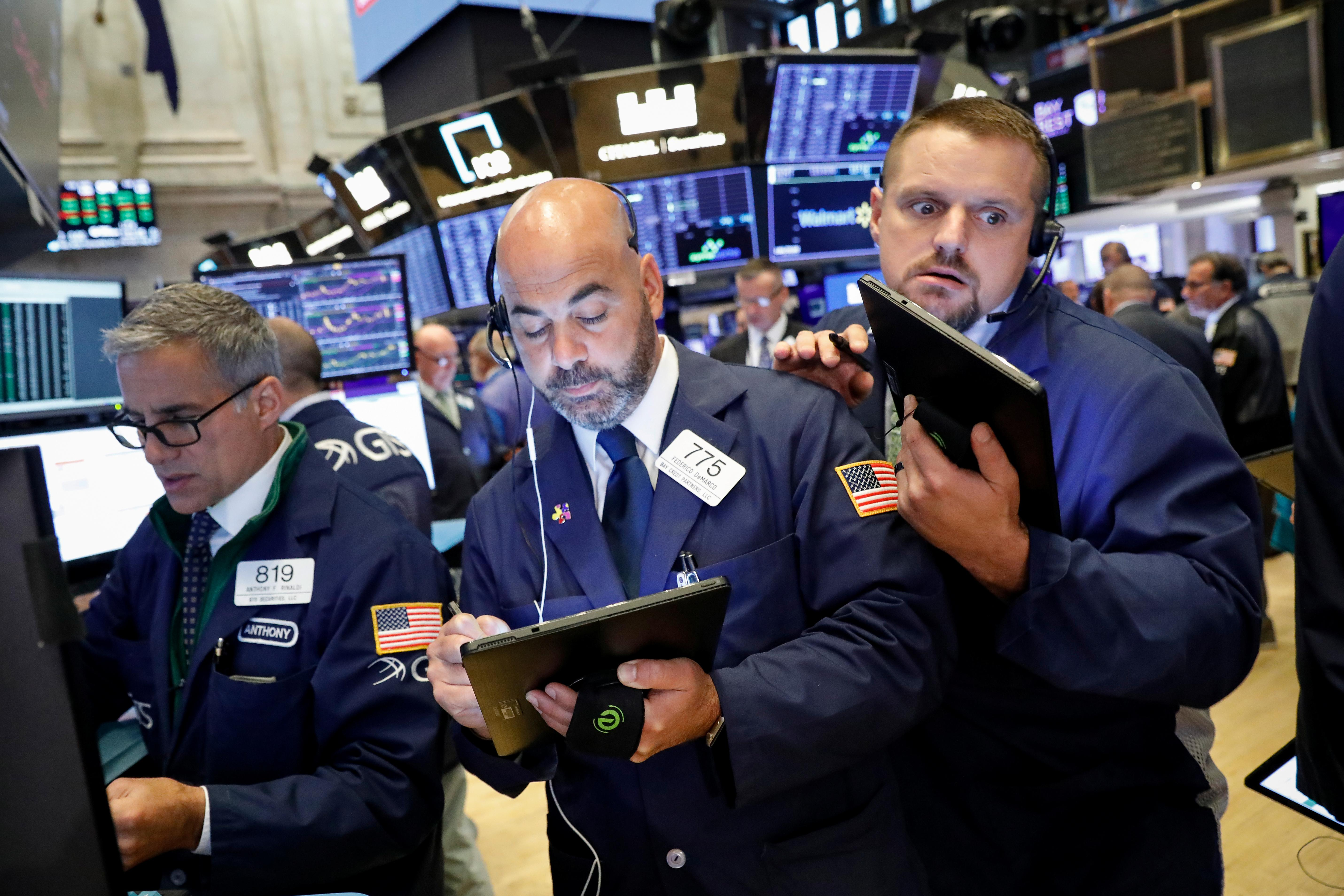Bond yields up, stocks flat on shifting ECB views