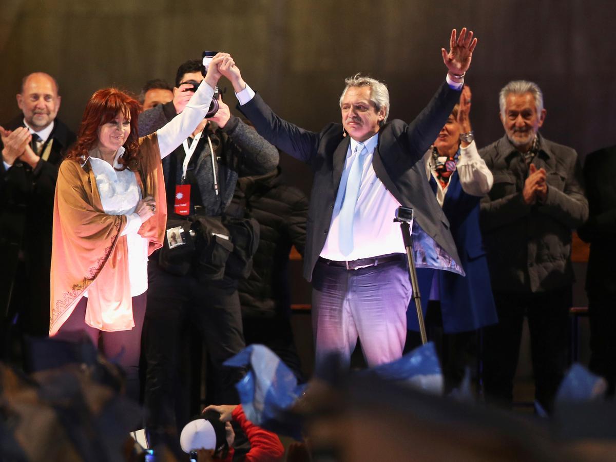 Argentinië se Fernandez, voorloper vir president, hou die mark tussen die markte en stemme