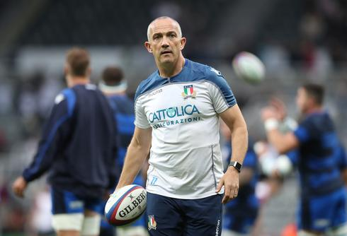 O'Shea in it for the long haul with unfancied Italy