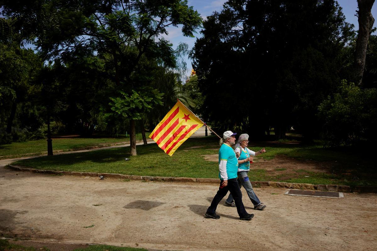 Uitdaagende separatisteleiers beklemtoon weer 'n beroep op Katalaanse onafhanklikheid voor die opmars