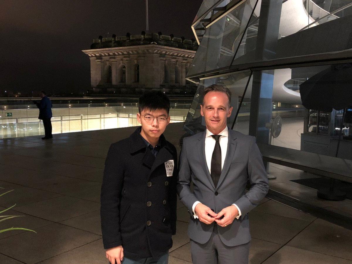 China-gesant verkrag Duitsland oor vergaderings met die aktivis in Hong Kong