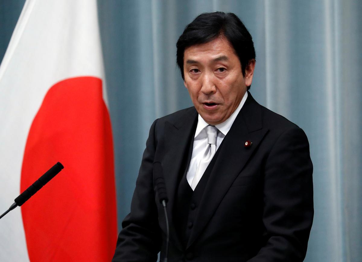 Die nuwe minister van Japan, 'n betwiste kollega, noem die beleid van no-nukes 'onrealisties'