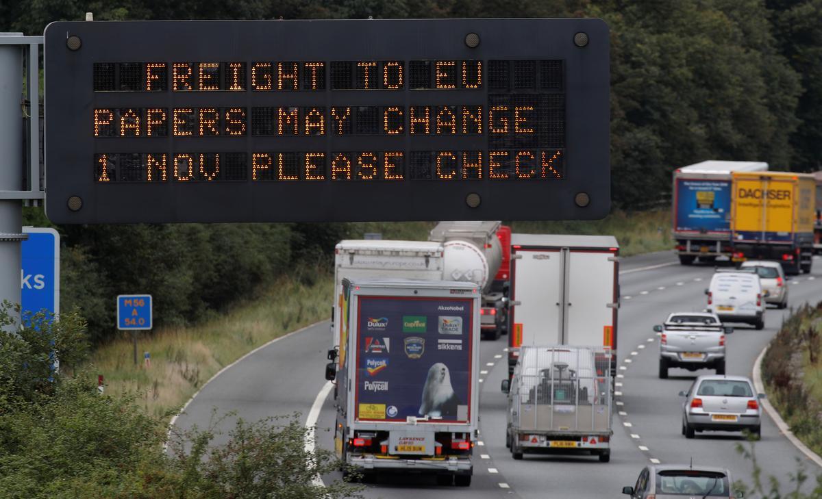 Die Britse regering publiseer Brexit-scenario's sonder voorwaardes wat wanorde voorspel