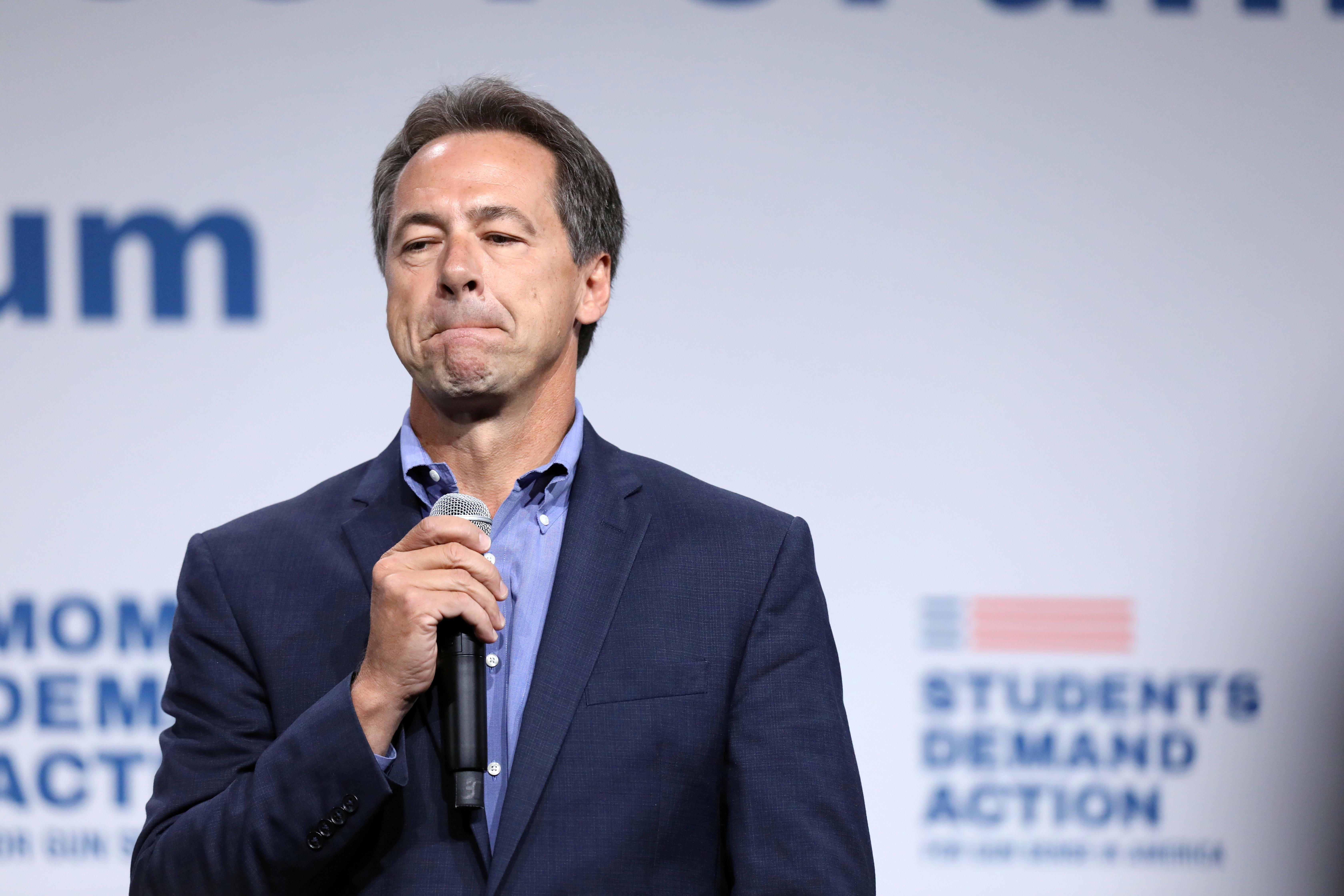 Les démocrates exclus du débat pour occuper du temps avec la télévision, les mairies et la bière