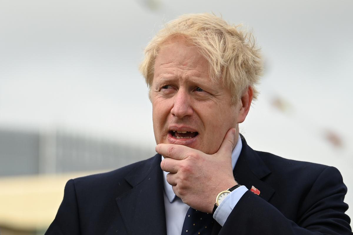 'Absoluut nie': premier Johnson ontken die leuen vir koningin Elizabeth in die Brexit-krisis