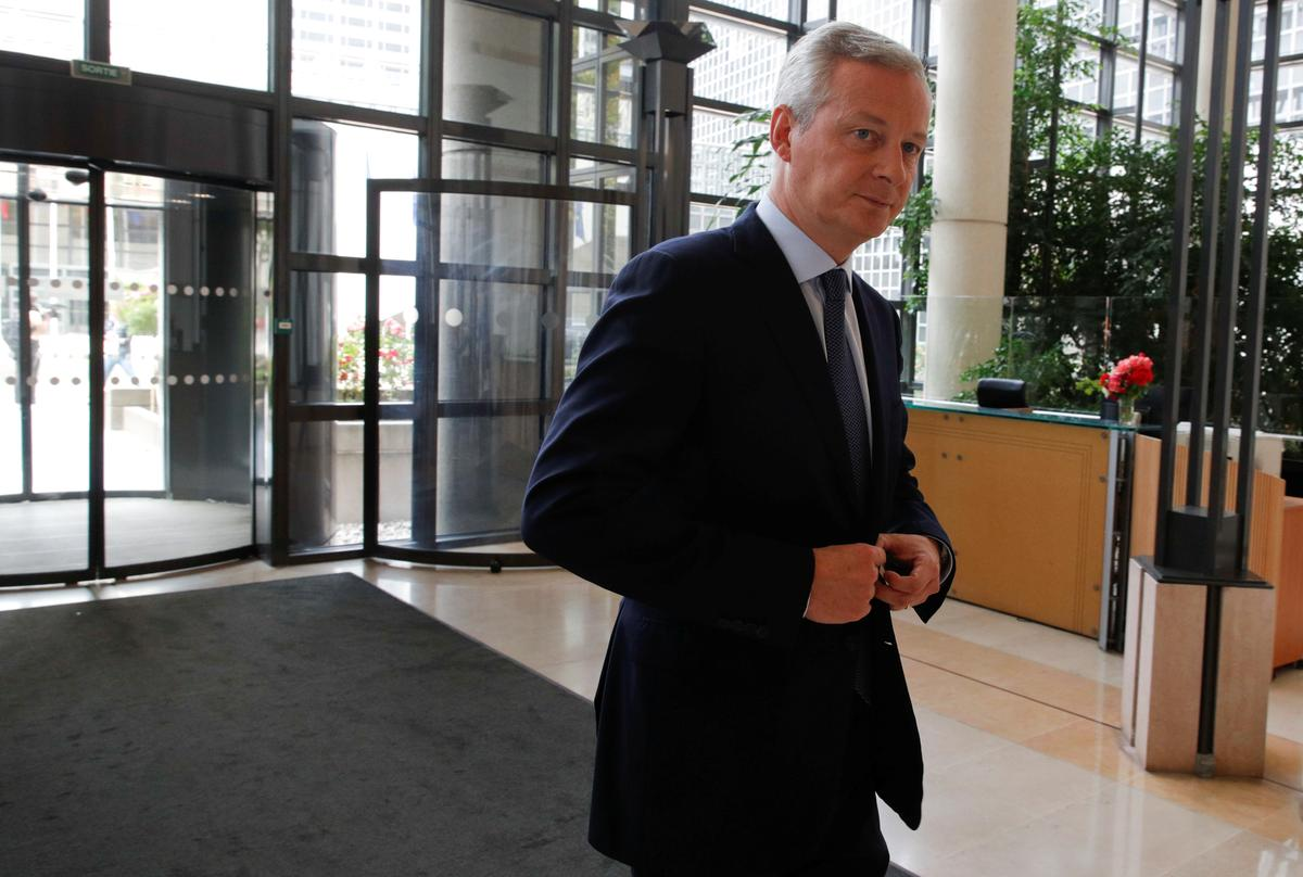 France's finance minister says EU weighing climate tax on airlines
