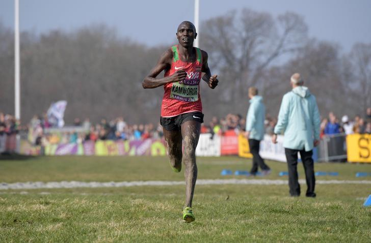 Kenyan Kamworor breaks half marathon world record by 17 seconds