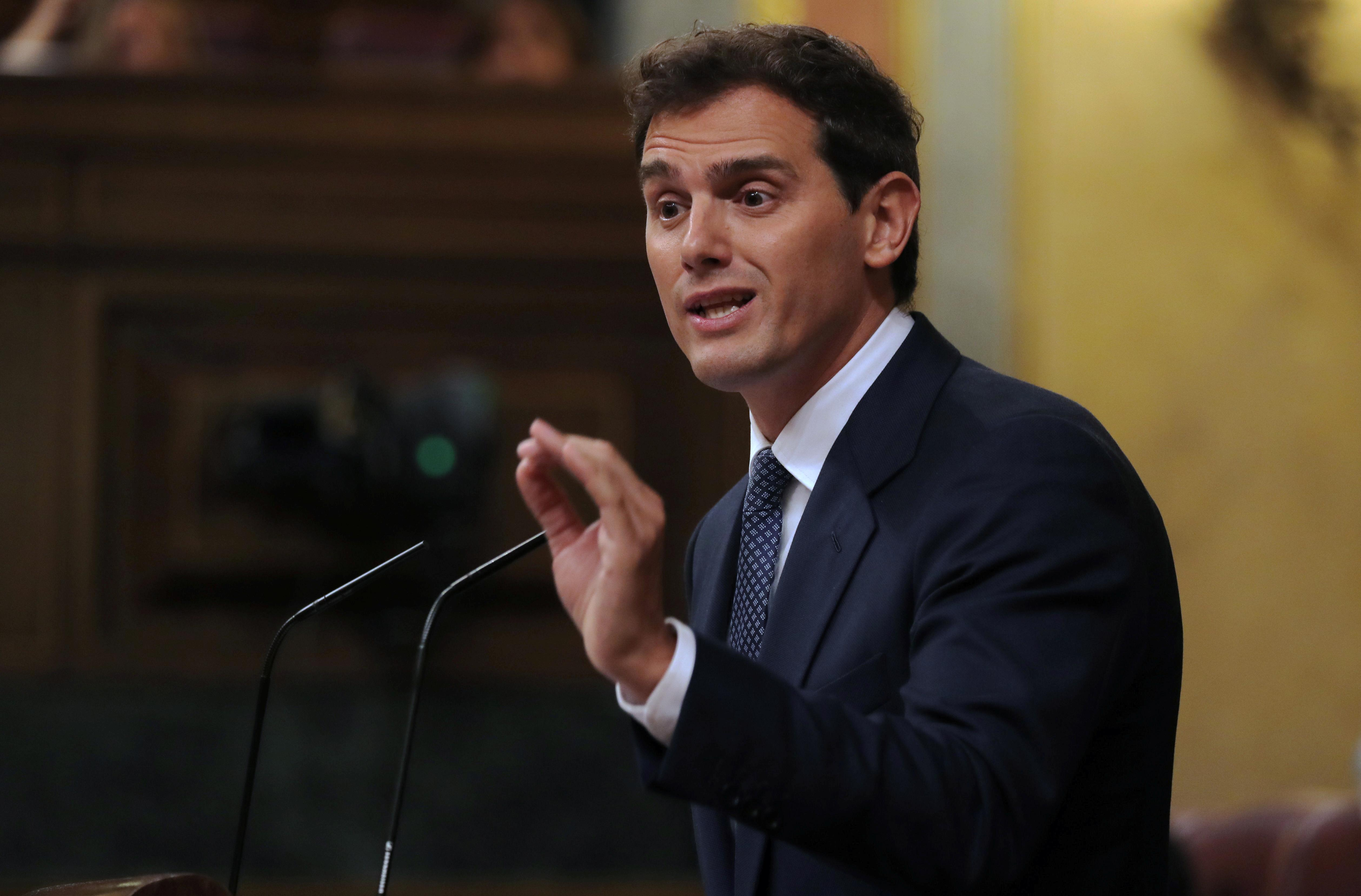 Spanish party offers way out of political limbo, election still looming