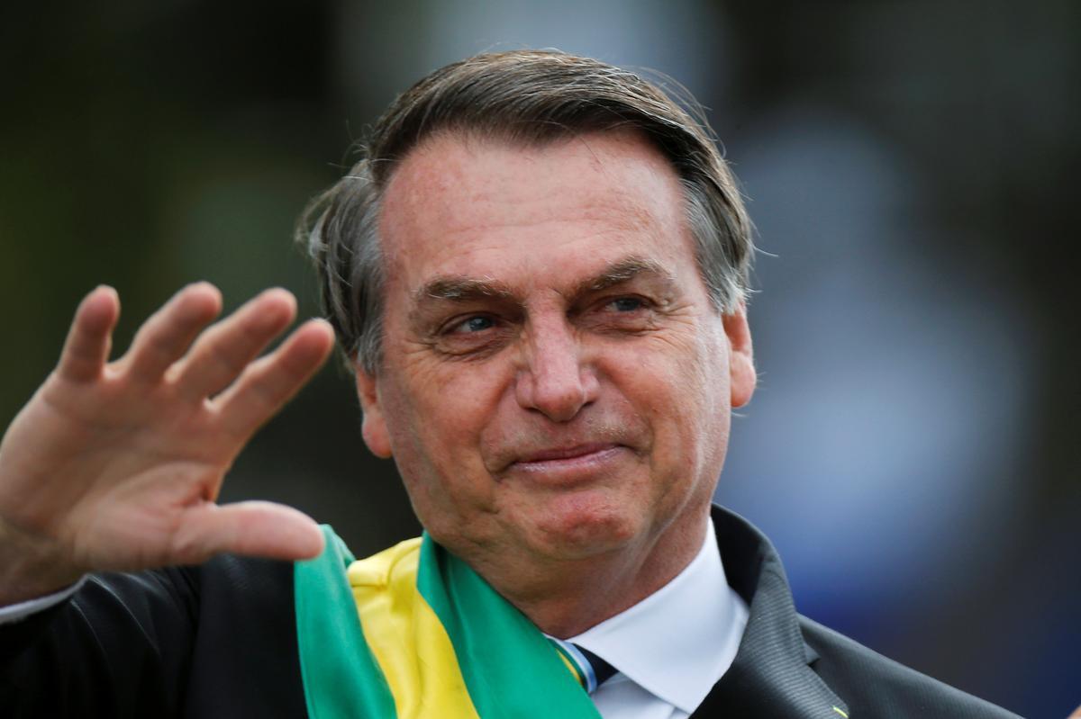 Brasilië se Bolsonaro om Maandag uit die hospitaal te vertrek, rus tuis