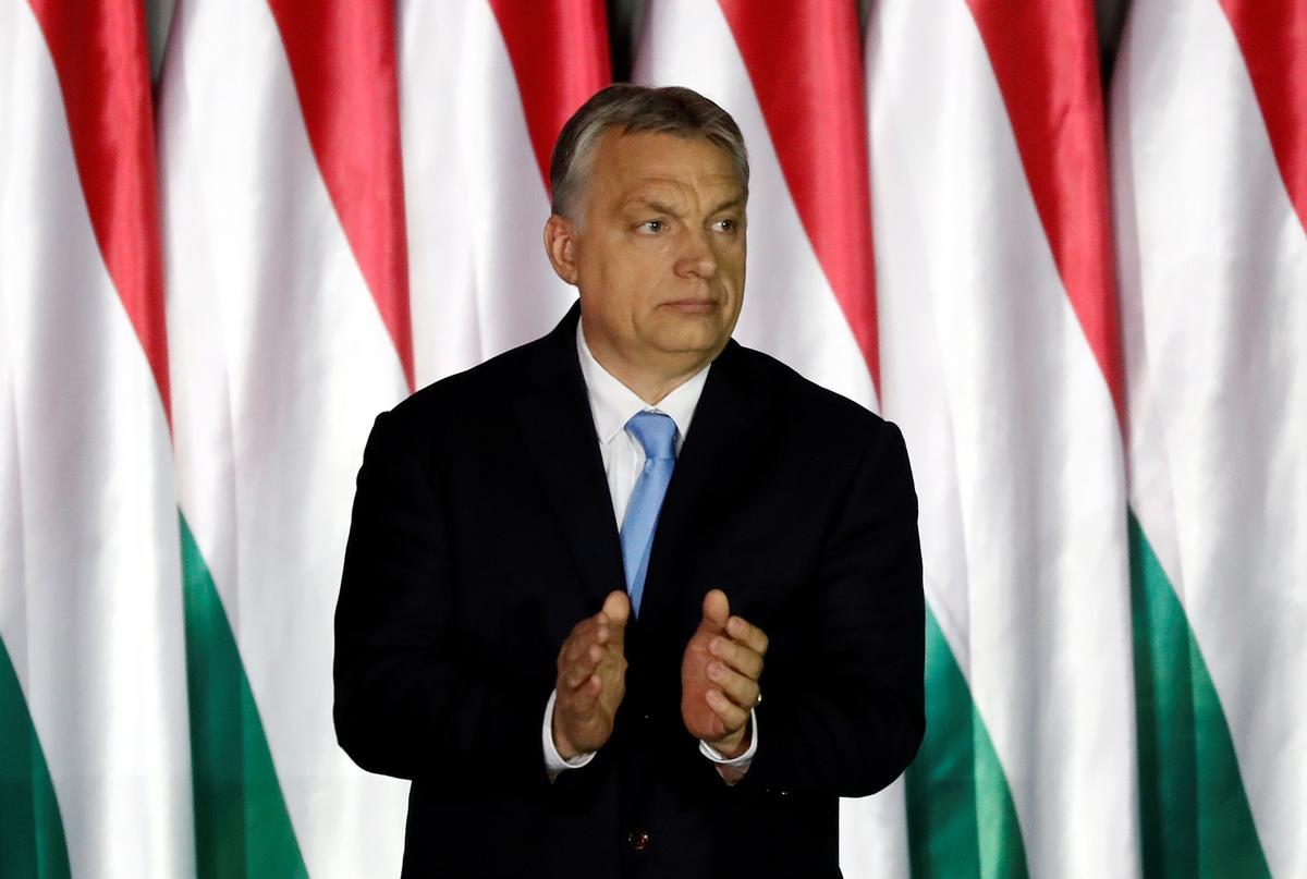 EU bevraagteken Hongarye oor die bekommernisse van die reg