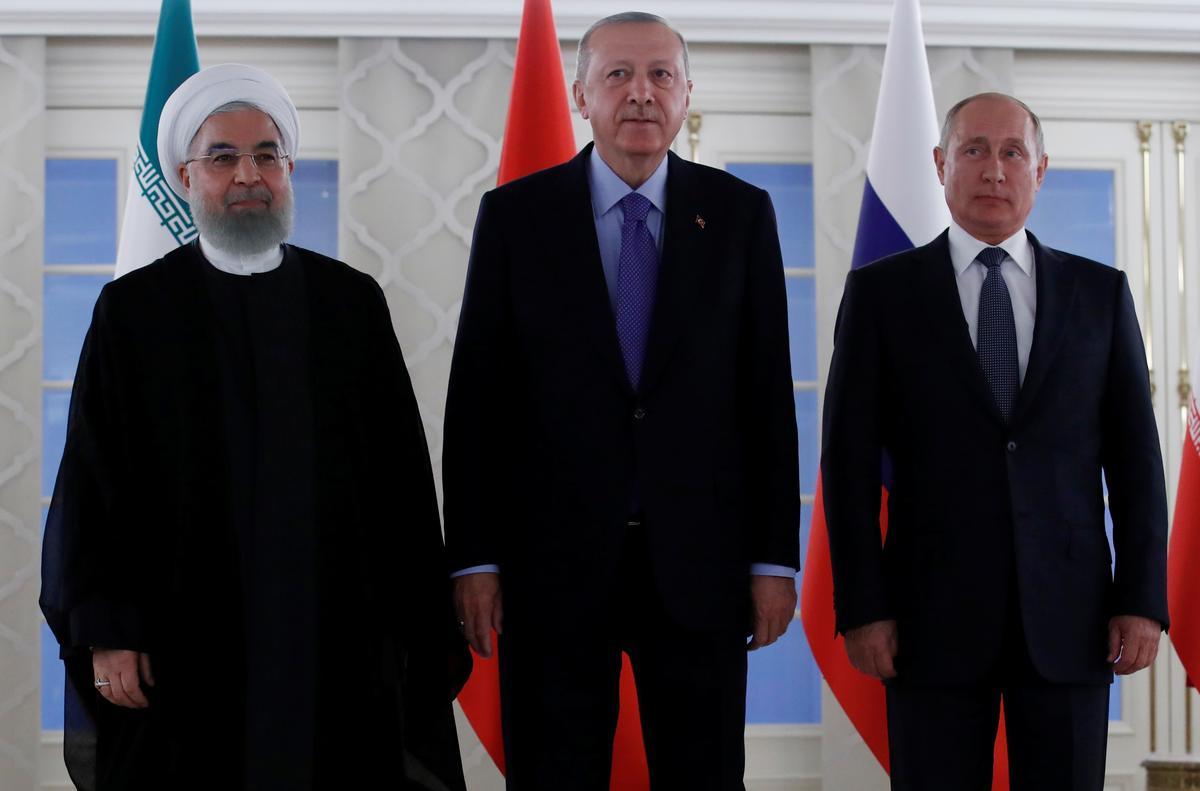 Rusland se Poetin: buitelandse troepe moet uiteindelik uit Sirië getrek word