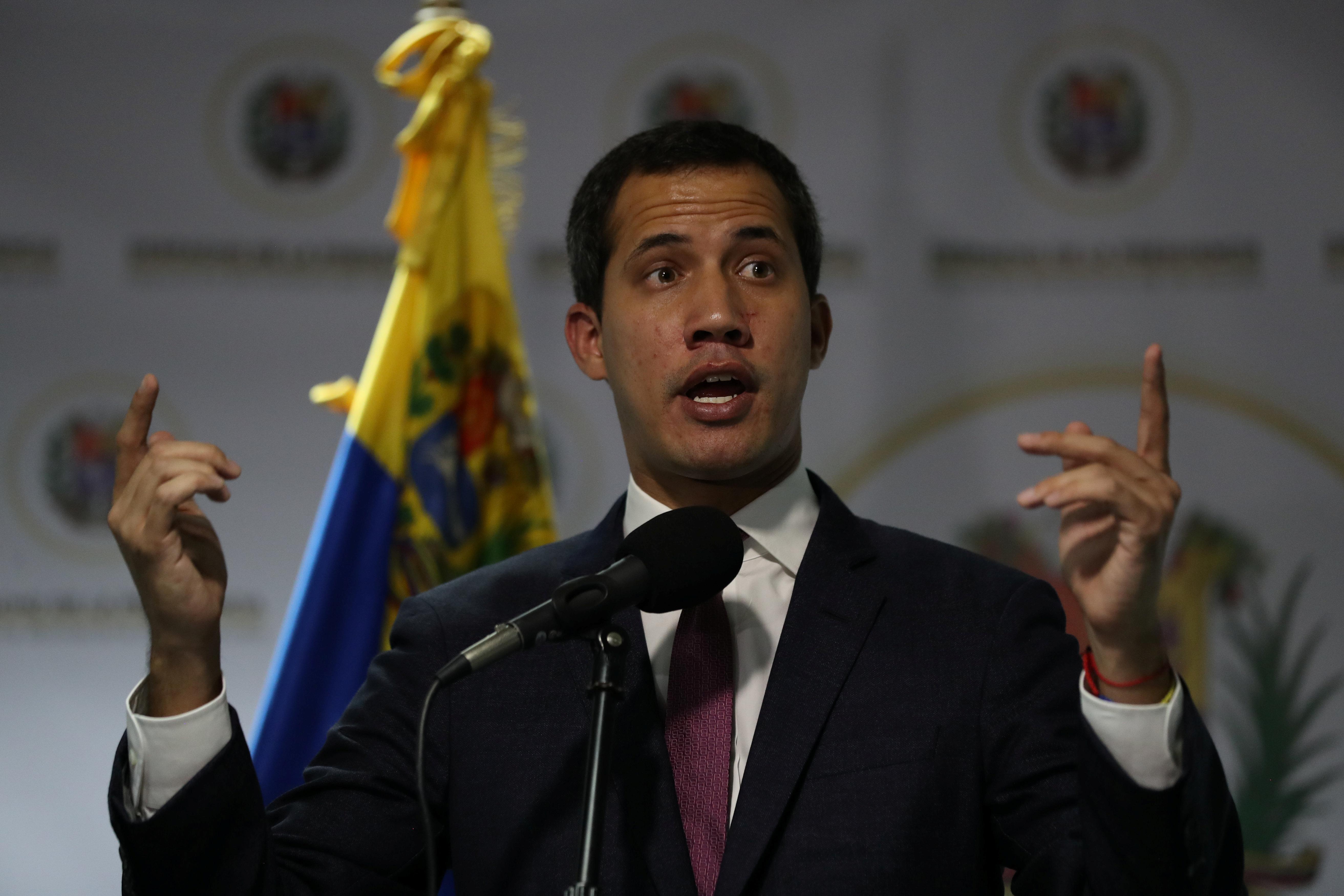 Venezuelan government mulls sending lawmakers back to opposition...