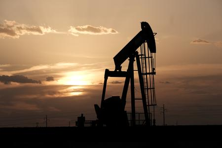Oil falls but prices still elevated after attacks on Saudi facilities