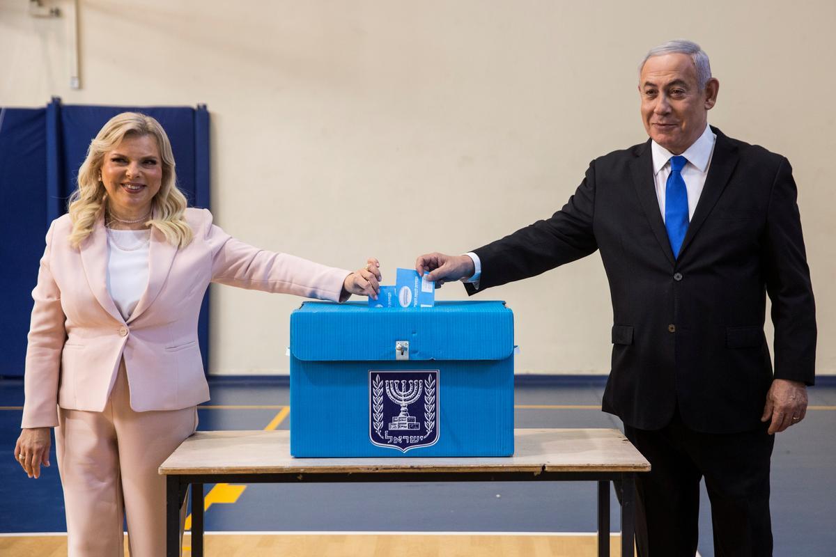 Israeliese verkiesing te naby om te roep, Netanyahu het verswak: uitgangspeilings