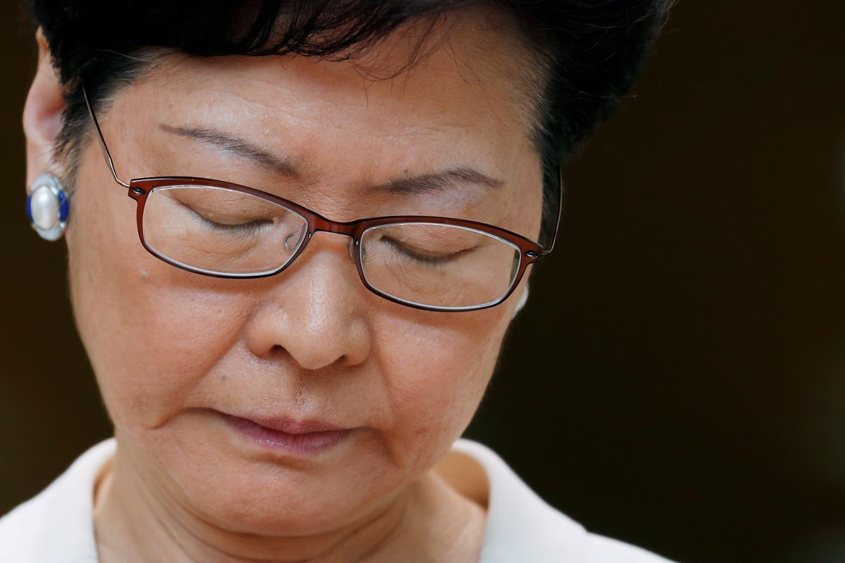 Hong Kong leader to hold dialogue aimed at easing tensions