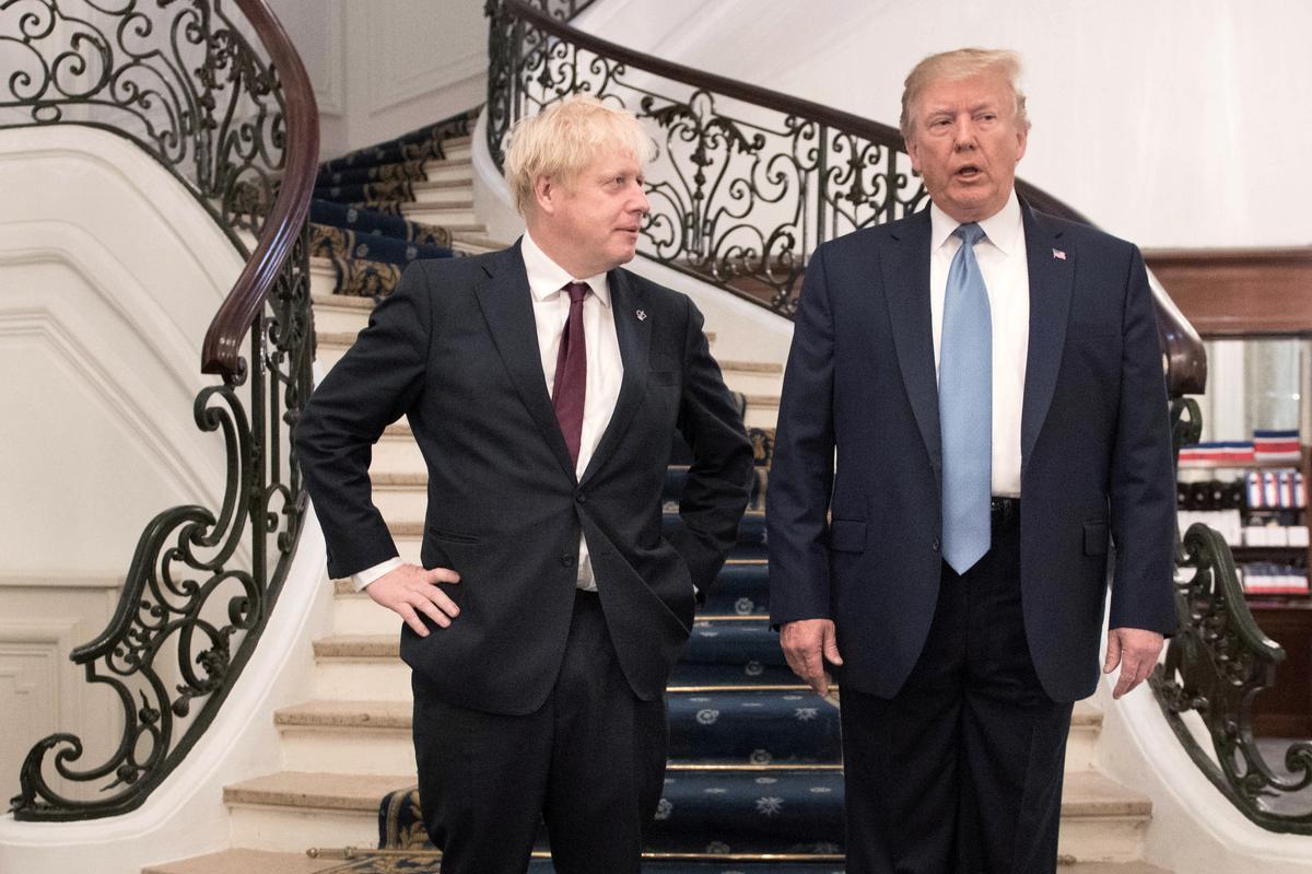 Die Britse Johnson en Trump, die VSA, bespreek die behoefte aan verenigde diplomatieke reaksie op Saoedi-aanval