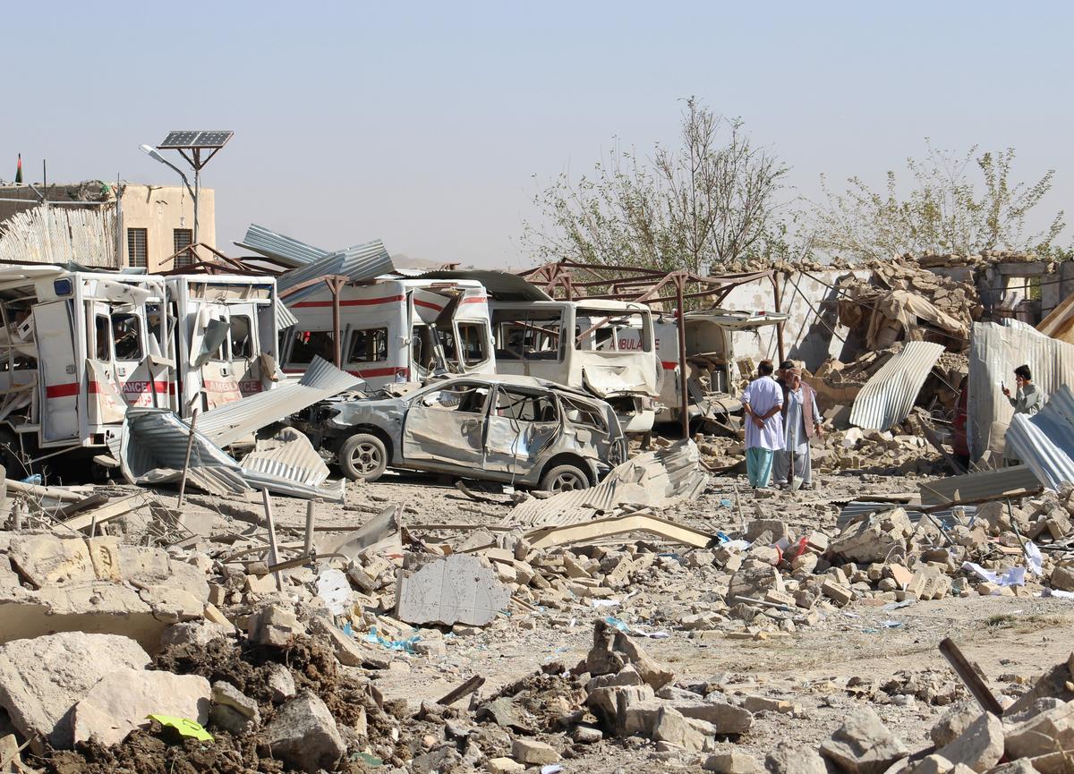 Taliban-vragmotorbom dood ten minste 20 in die suide van Afghanistan