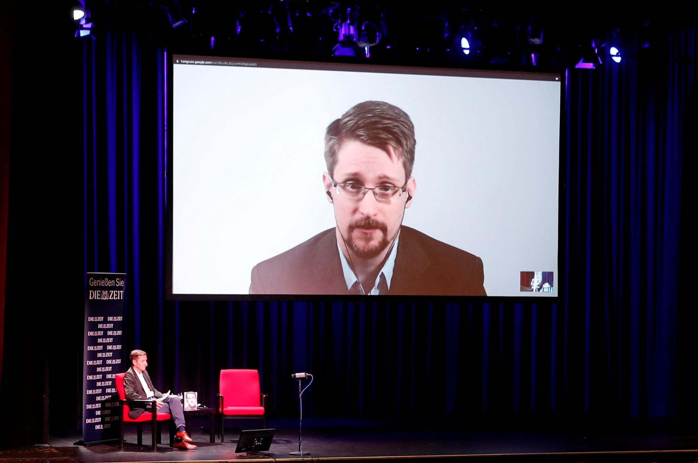 No reason for France to change mind over Snowden asylum: minister