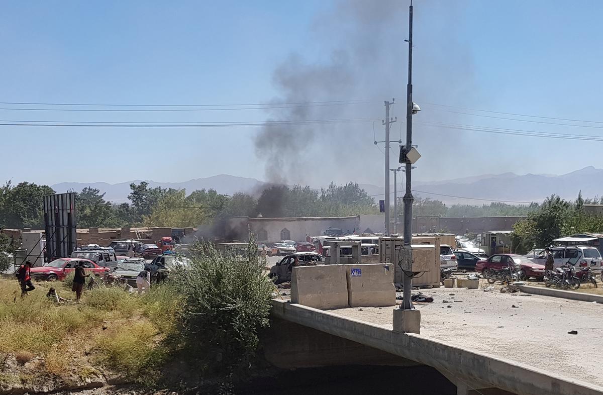 Afghanistan steun vir dodelike aanvalle omdat Taliban belowe om die presidentsverkiesing te ontwrig