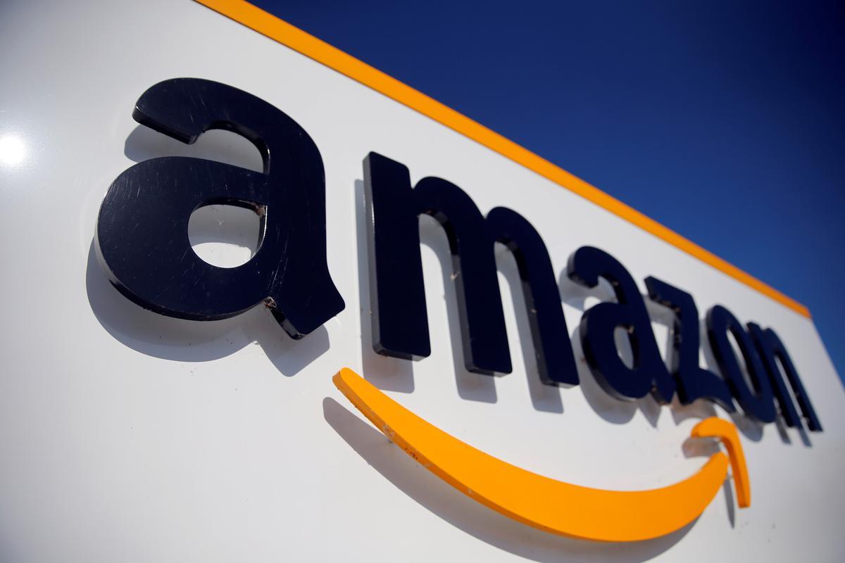 Amazon belowe om teen 2040 koolstofneutraal te wees en 100.000 elektriese waens te koop